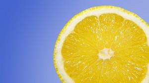 Lemon juice to detoxify the body
