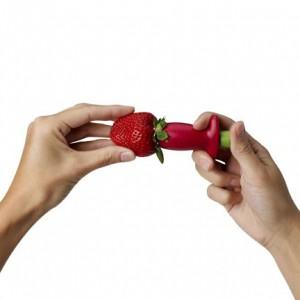 Stem Gem Strawberry Huller4